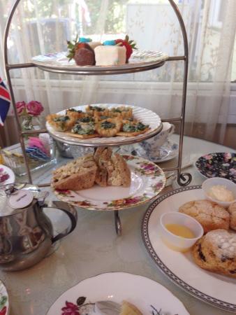 English Tea Room In Covington