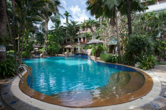 The Viridian Resort: Nice swimming pool 2