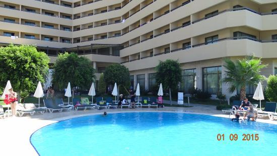 Hotel Ozkaymak Incekum: Бассейн