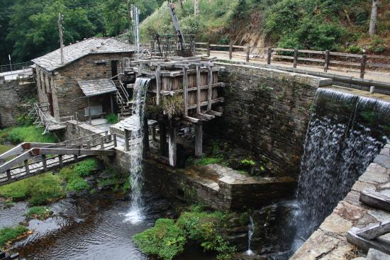 Museo de Los Molinos de Mazonovo (Taramundi, Asturias ...