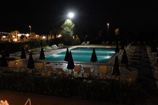 Fantinello Hotel: Piscina
