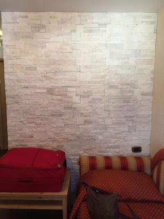 Hotel Touring: Una sistemazione molto confortevole, di categoria superiore rispetto ad un 3 stelle!