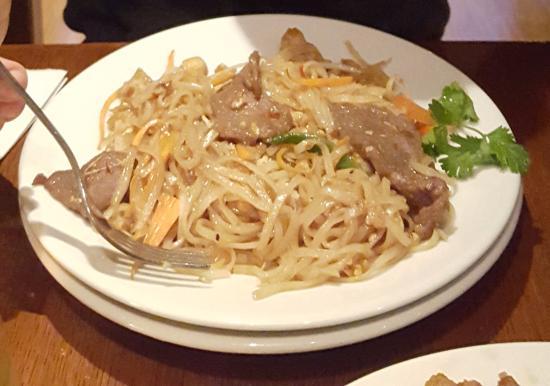Sir and Madam: Noodles con ternera