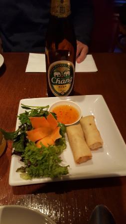 Sir and Madam: rollitos de primavera y cerveza china