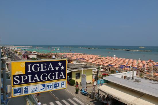 Hotel igea spiaggia bellaria igea marina provincia di - Bagno romano igea marina ...