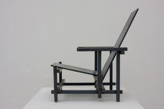 Stoel Gerrit Rietveld : Stoel gerrit rietveld picture of museum insel hombroich neuss