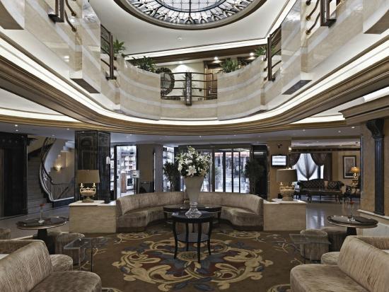 BEST WESTERN PREMIER Senator Hotel: loby