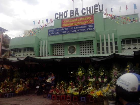 Ba Chieu Market
