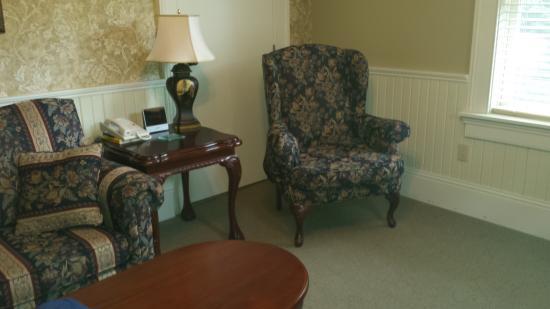 Blomidon Inn: Sitting room