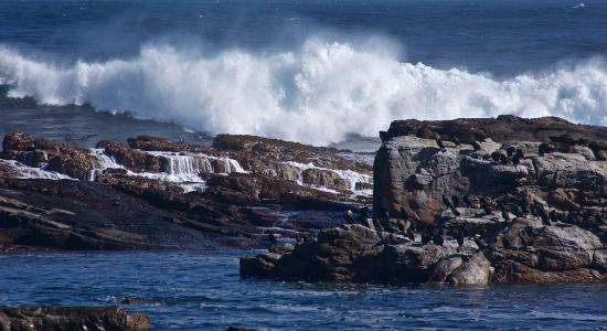 Cape Town Day Tours: Furious Atlantic ocean at the Cape of Good Hope