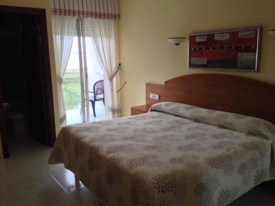 Hotel Pineiro: Habitación con terraza