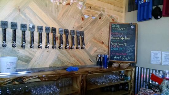 Broken Compass Brewery & Tap House