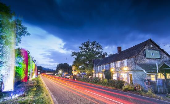 THE APPLE TREE INN, Glastonbury - West Pennard - Updated ...