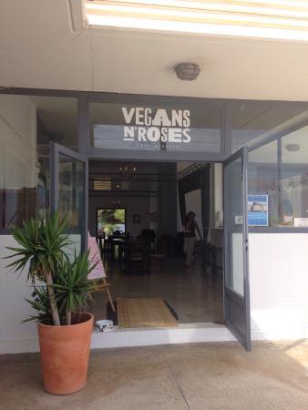 Vegans N' Roses