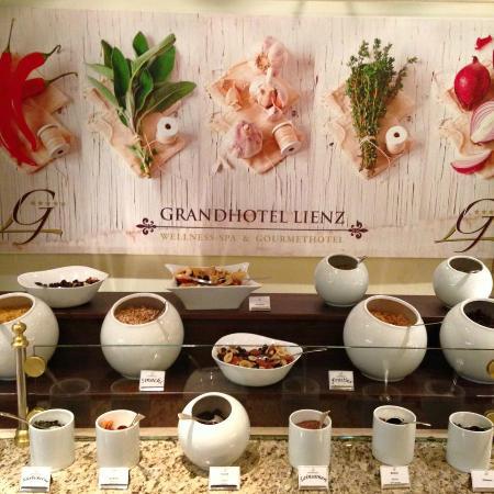 Grand Hotel Lienz : Unser reichhaltiges Frühstücksbuffet