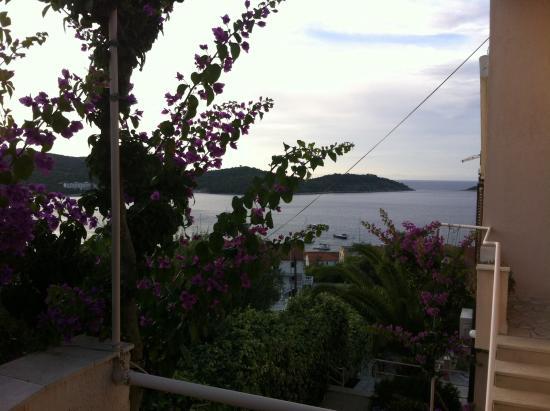 Villa Kate: Balcony views