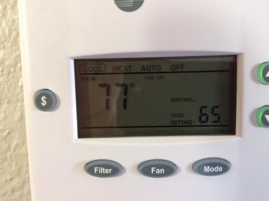 Courtyard by Marriott Montgomery: Thermostat that I wished would have worked.  This is at 6am.