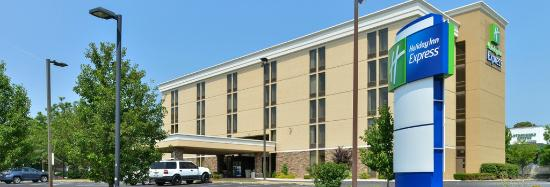 Hotels Close To Dcu Center Worcester Ma