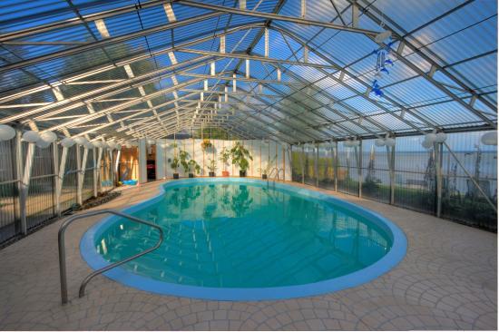 Champlain, Kanada: piscine couverte