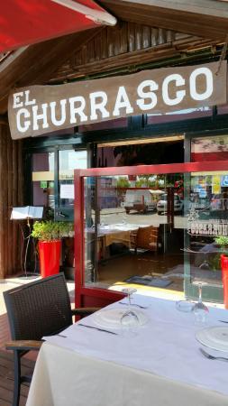 Restaurante El Churrasco: L'entrée du restaurant