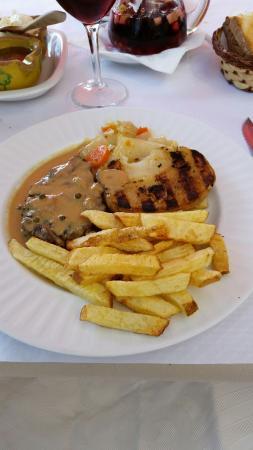 Restaurante El Churrasco: 1/2 filet de bœuf au poivre vert