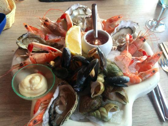 Le Mesnil-en-Vallee, Francja: Assiette de fruits de mer starter