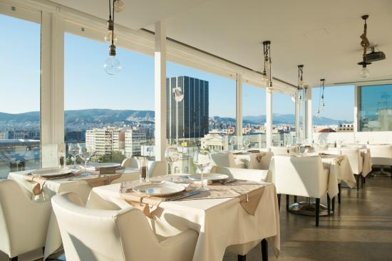 Piraeus Dream City Hotel: Niners Roof Garden Restaurant