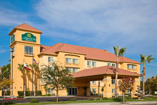 La Quinta Inn Amp Suites Fresno Riverpark Ca Hotel