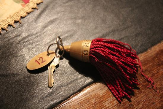 Hotel L'Antico Pozzo: Room key