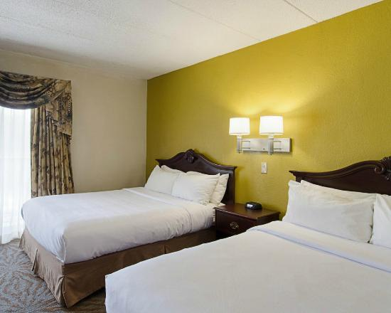 Suburban Extended Stay Hotel: 2 Double Bed