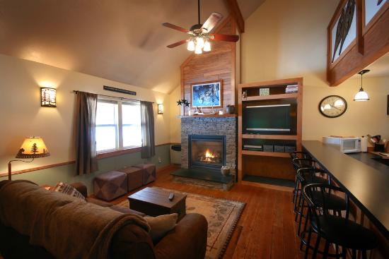Clinton, MT: Golden Stone Living Room with Fireplace