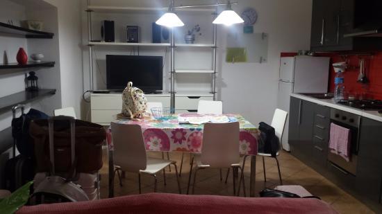 Casa vacanze La Cattedrale: cucina-soggiorno