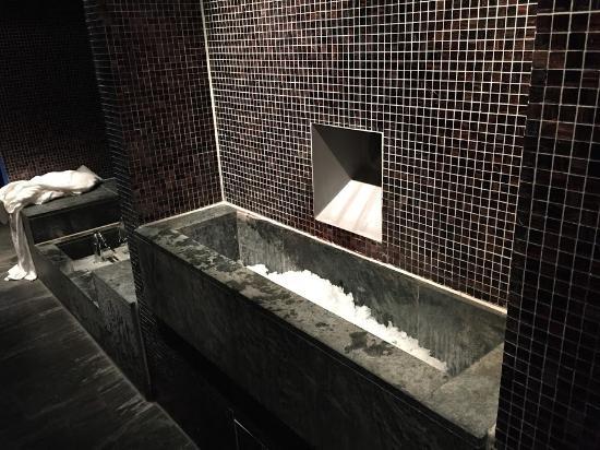 spa ice tube picture of sofitel munich bayerpost munich tripadvisor. Black Bedroom Furniture Sets. Home Design Ideas