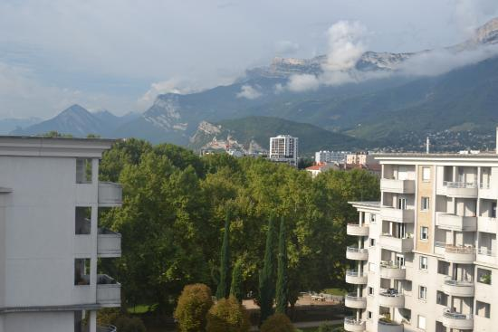 Hotel Mercure Grenoble Centre President : View from room 704