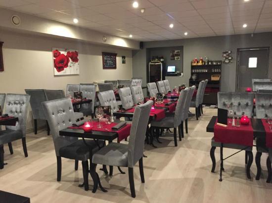 Auteuil, France : restaurant