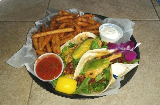 Jimmy B's Beach Bar : Blackened Fish Taco's