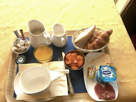 Arc Hotel: This is the only breakfast they offer. It costs 18 Euro !!!