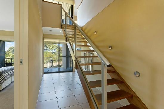 Saltwater Apartments: Stairs