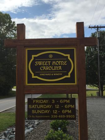 Yadkinville, North Carolina: Sweet Home Carolina Vineyard & Winery