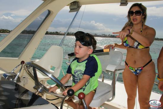 Young captain picture of big marlin charters punta cana for Best boat for fishing and family