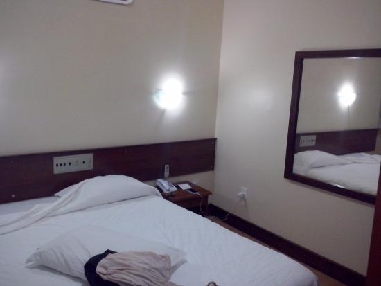 City Hotel Porto Alegre : Cama
