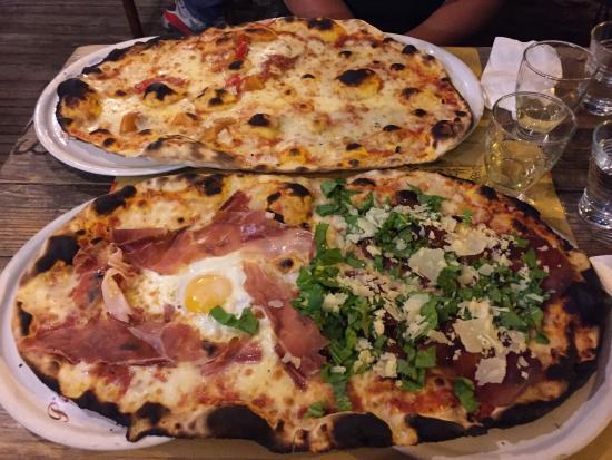 Risultati immagini per pizza su due piatti