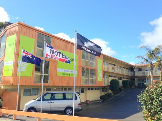 Green View Hotels: Exterior of the building