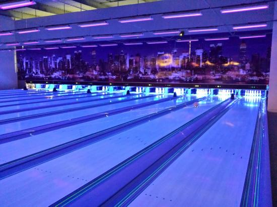 Valence Bowling