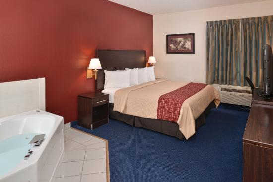 Red Roof Inn Clyde Prices Amp Hotel Reviews Ohio