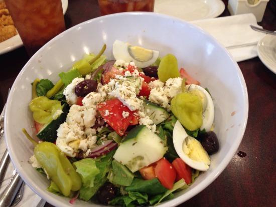 Lincoln Square Pancake House : My Big Fat Greek Salad