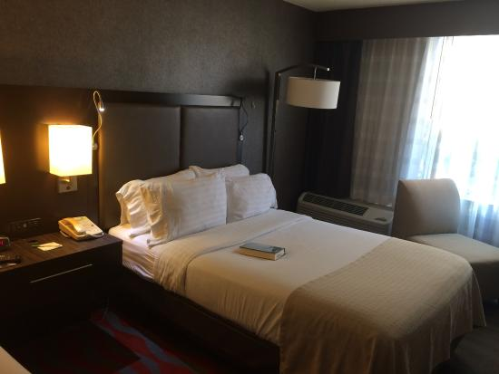 Holiday Inn Harrisburg-Hershey: Standard room
