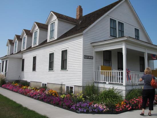 Mooreton, ND: Bagg Historic Home