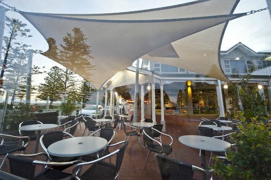 Hotel Victor: Alfresco
