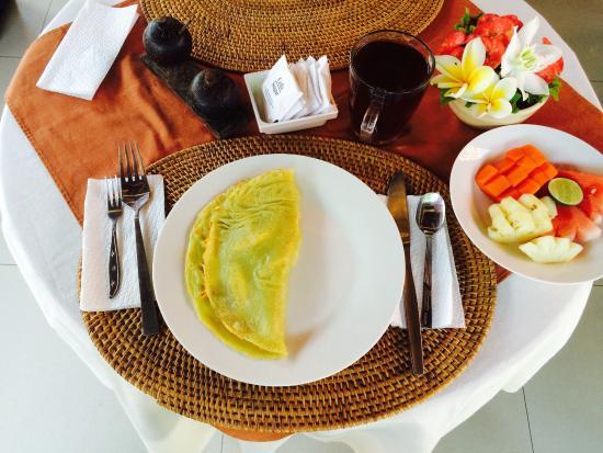 Merthayasa Bungalows: Merthayasa 2 Bungalows : pancake à la banane